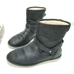 UGG Anali Black Boot